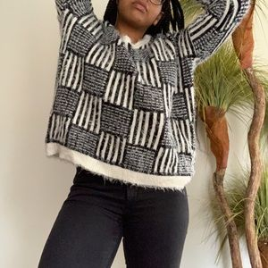 Forever 21 Black and White Patterned Sweater